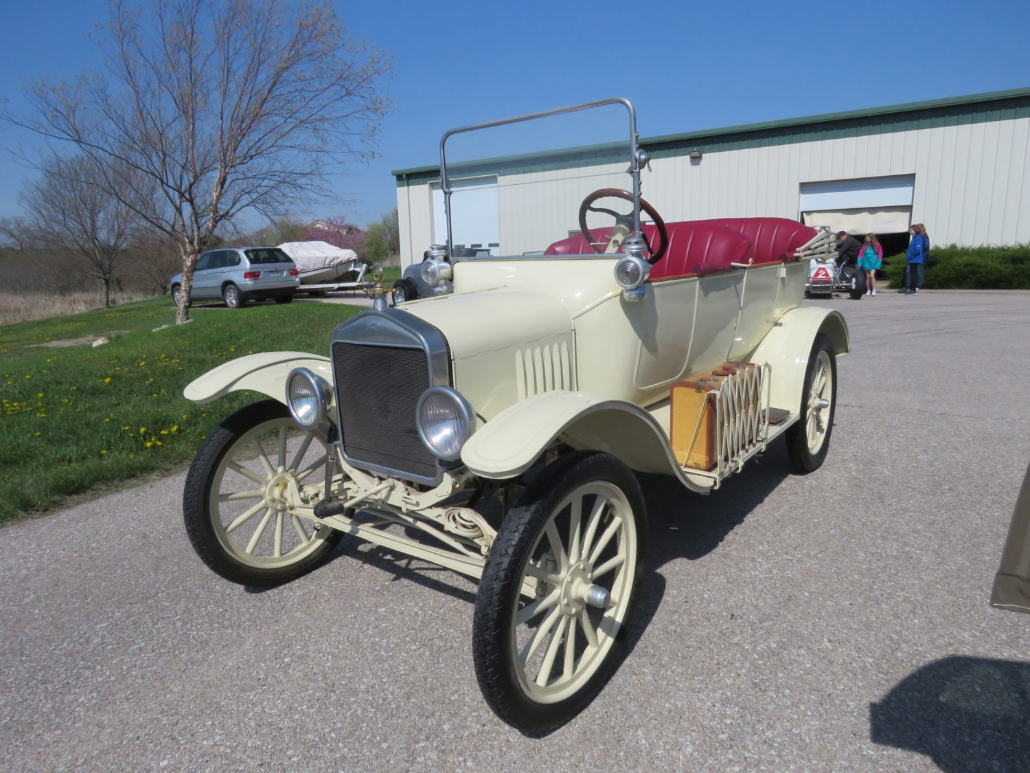 ONLINE ONLY- 1932 Ford Street rods, Race Cars, Engines & more! The Joe Haag Collection - image 4