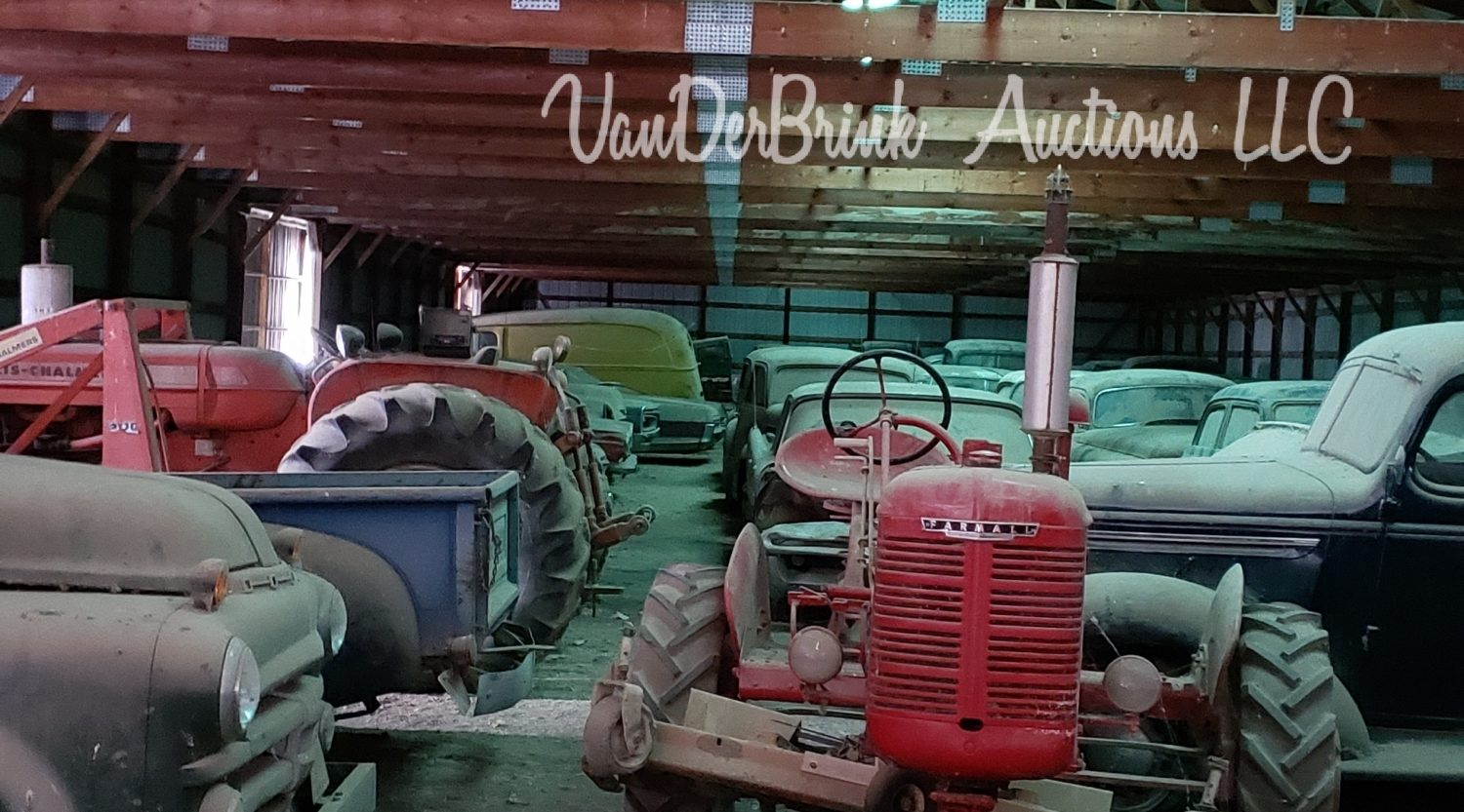 Day 1- Antique Tractors, Farm Equipment, Toys, & More- The James Graham Collection - image 2